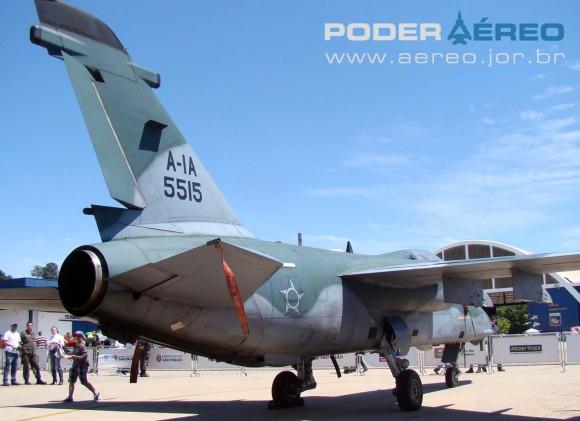 A-1A 5515 - foto Nunão - Poder Aéreo