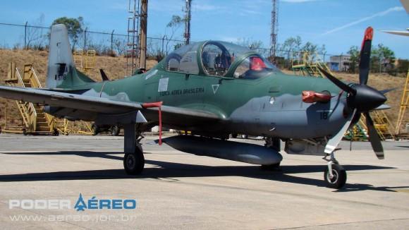 BASP Portões Abertos 2012 - A-29A Super Tucano do Esquadrão Flecha - foto Nunão - Poder Aéreo