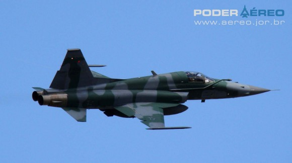 PAMA-SP 2012 - 22set - F-5EM FAB -  foto 2 Nunão - Poder Aéreo