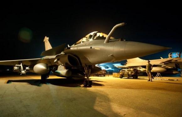 caças Rafale preparados para apoio aéreo no Mali - foto Min Def França