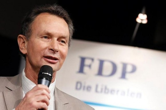 Líder partido FDP suíço Philipp Muller  - foto Keystone via Basler Zeitung