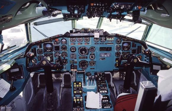painel Tu-154