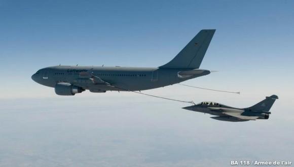 A310 MRTT e Rafale - foto Força Aérea Francesa