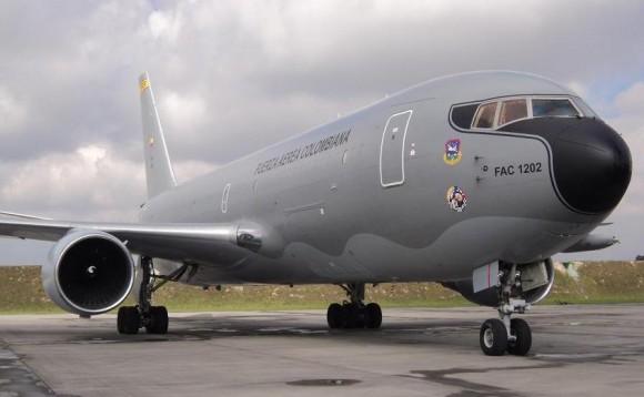 Boeing 767 da Força Aérea Colombiana convertido para avião reabastecedor pela IAI - foto FAC