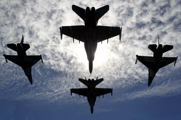 F-18 Hornet RAAF e F-16 Aggressor USAF - foto 3 MD Australia