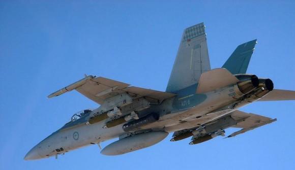 F-18 Hornet da Austrália com JDAM de 500 libras - foto MD Australia