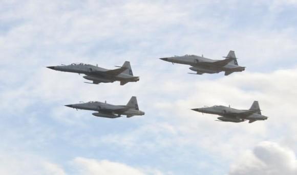 F-5E Tiger III do Chile nos 100 anos da Aviação Militar no Uruguai - foto 5 FACh