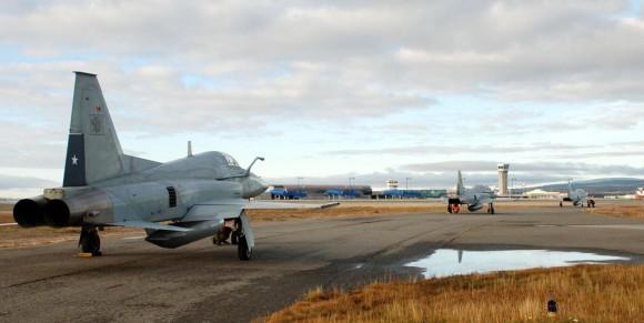 F-5E Tiger III do Chile partindo para os 100 anos da Aviação Militar no Uruguai - foto 2 FACh