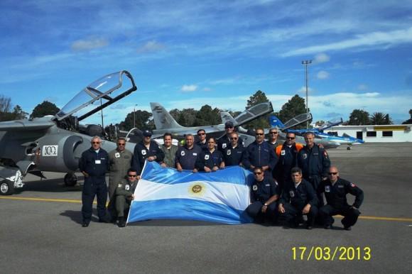 IA-63 PAMPA II no centenário da Av Militar Uruguaia - foto 4 Força Aérea Argentina