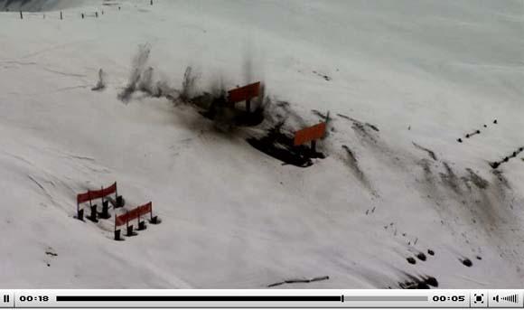 Cena de vídeo de testes do canhão do Gripen C na Suíça - Depto de Defesa da Suíça