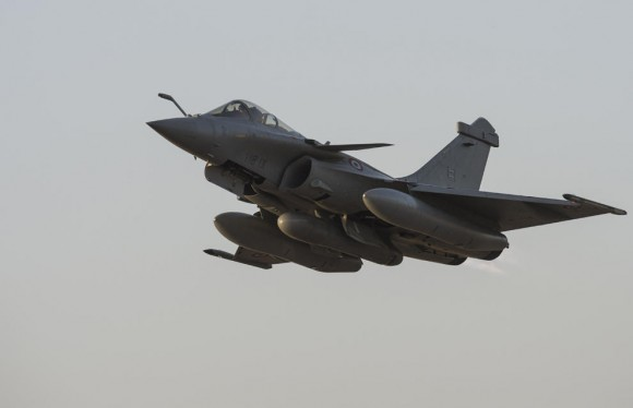 Operação Serval - Rafale decola de volta à França - foto Min Def Francês