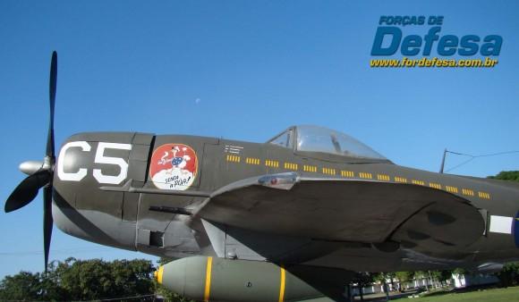 P-47 da FAB na Base Aérea de Santa Cruz - foto Nunão - Forças de Defesa