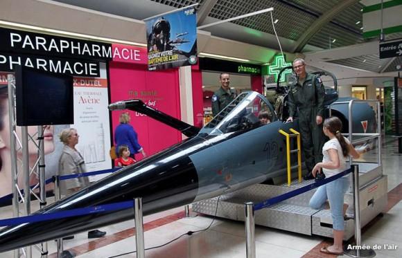 Simulador de assento ejetável de Mirage F1 - foto Força Aérea Francesa