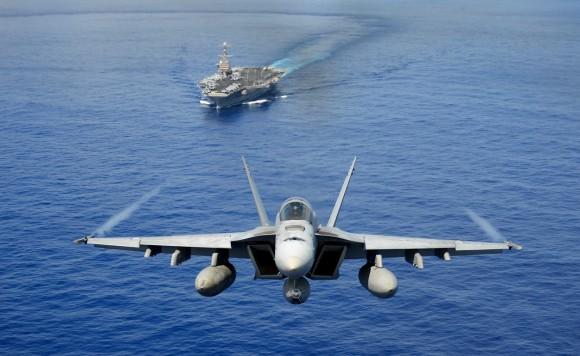 Super Hornet esquadrão Tophatters - foto USN