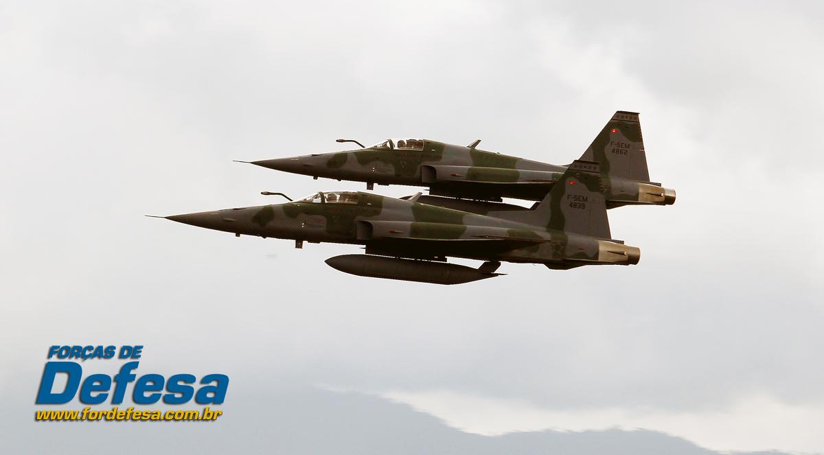 dia da aviacao de caca 2013 elemento de F-5 - foto 4 poggio