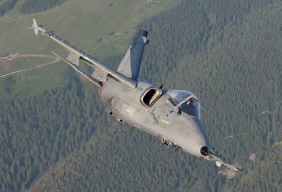 AMX italiano - Ghibli - foto Força Aérea Italiana