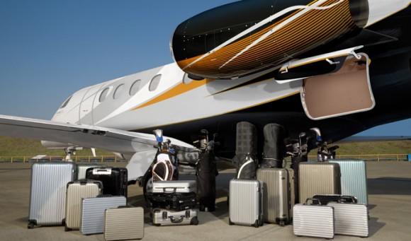 Phenom 300 - bagagem - foto Embraer