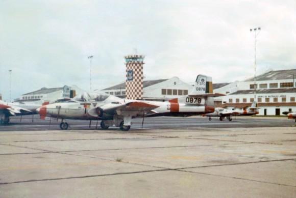 T-37C-0878 - foto arquivo Camazano