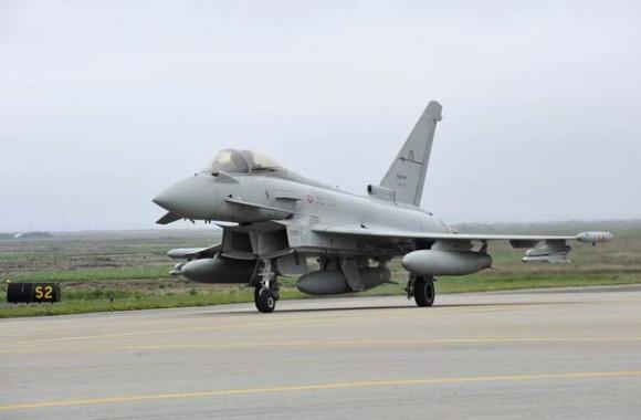 Caças Eurofighter italianos na Islândia - foto 3 Força Aérea Italiana