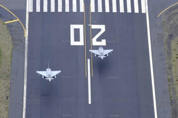 Decolagem caças Eurofighter italianos - desdobramento na Islândia - foto Força Aérea Italiana