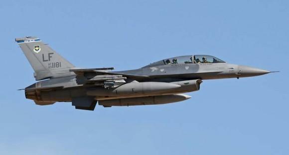 F-16D do 309th FS de Luke - foto F-16net