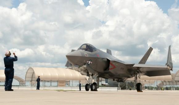 F-35C - primeiro exemplar de produção para a USN chega à Base de Eglin da USAF - foto 2 Lockheed Martin