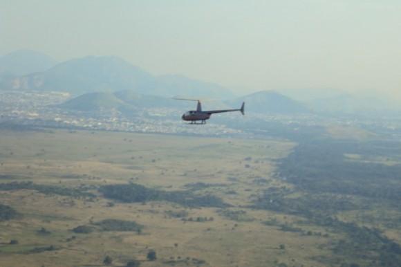 Foto helicóptero em nota sobre interceptação no Rio em jogo Copa Confederações - foto FAB