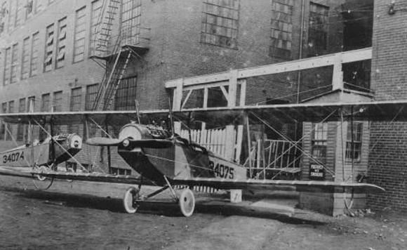 Primeiras aeronaves do 110 OS - origem da 131 Ala - Curtiss Jenny - foto USAF