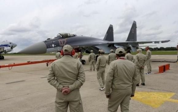 Su-35 em Le Bourget 2013 - foto 2 - P Rossignol - Reuters
