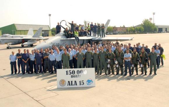 150 mil horas de voo em F-18 Hornet - C15 - na Ala 15 - foto Força Aérea Espanhola