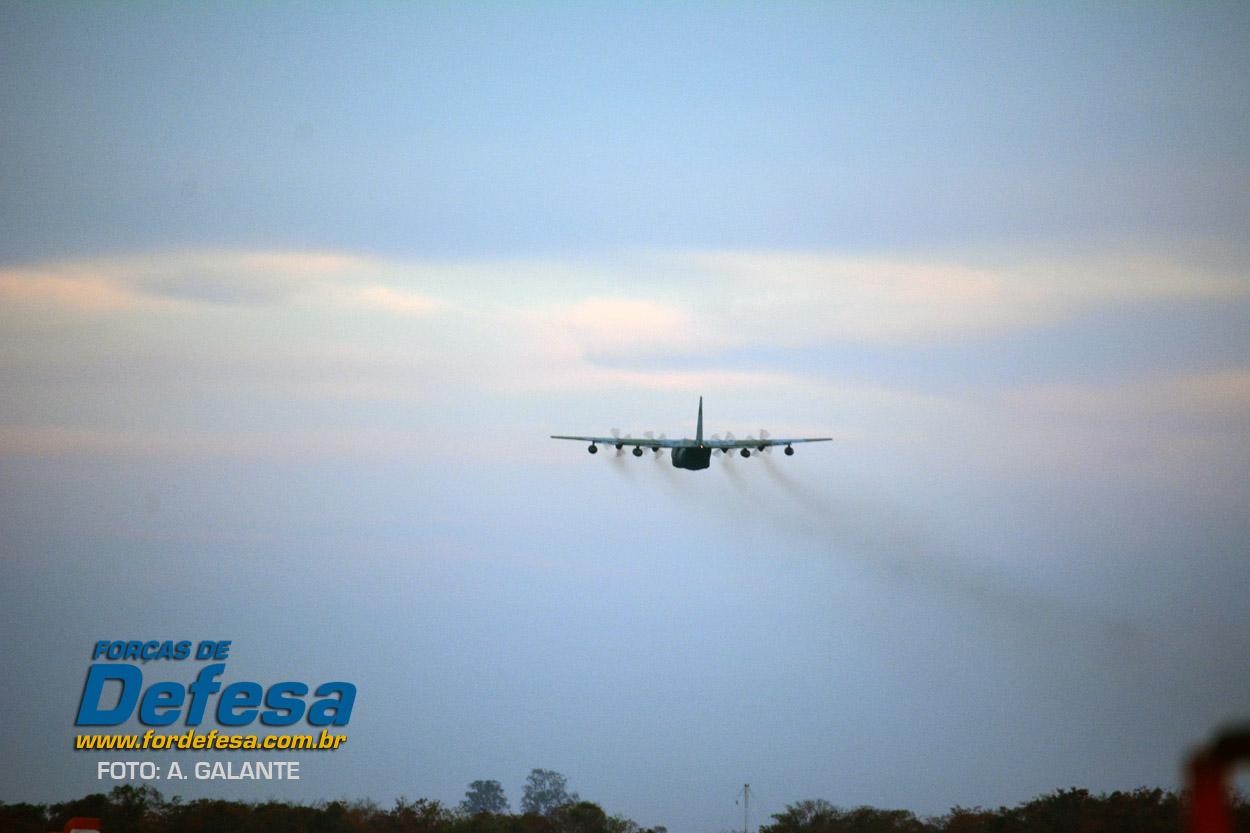 Domingo Aereo - AFA 2013 - KC-130 5