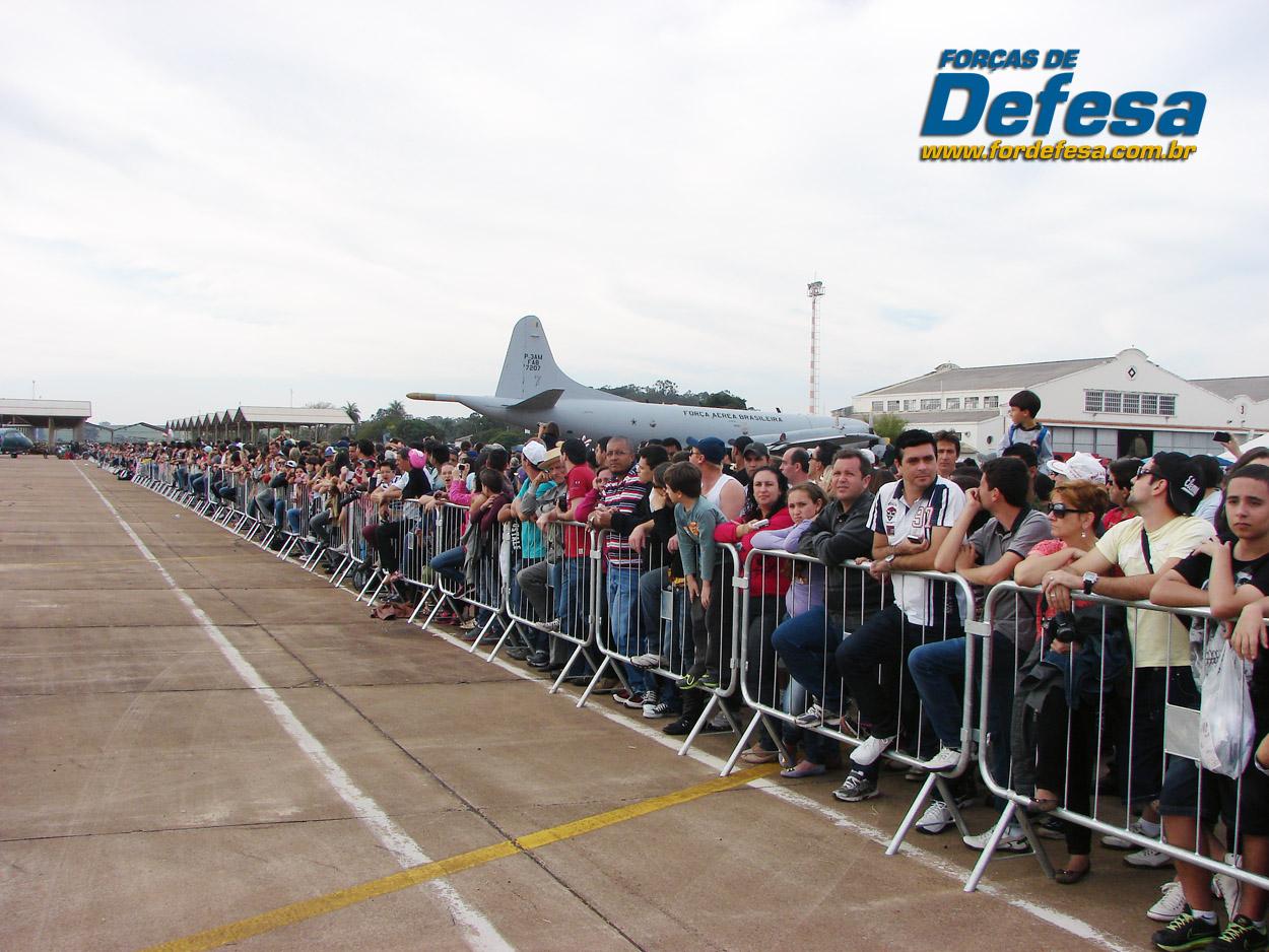 Domingo Aereo - AFA 2013 - publico e P-3AM
