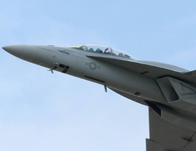 primeiro voo de Super Hornet com CFT - foto aeroexperience 2