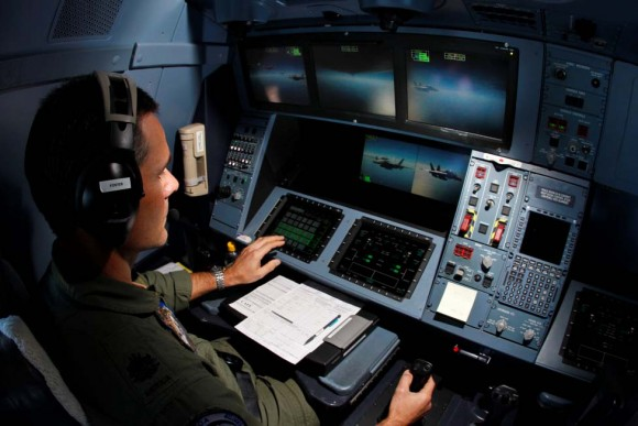 Painel do operador de REVO de KC-30A no australiano ECADEX 13 - foto MD Australia