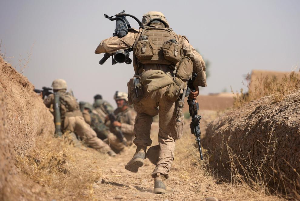 USMC em combate contra o taliba em 2009 - foto AP