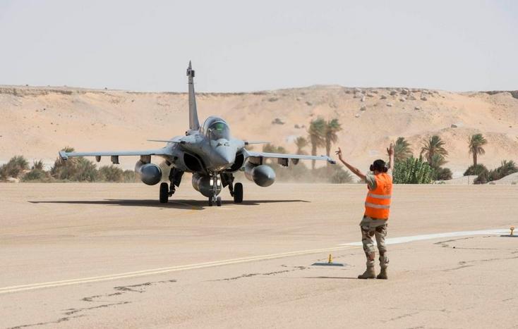 Caças Rafale fazem desdobramento em Faya-Largeau - foto Força Aérea Francesa