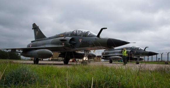 Mirage 2000N no Joint Warrior 2013 - foto Força Aérea Francesa