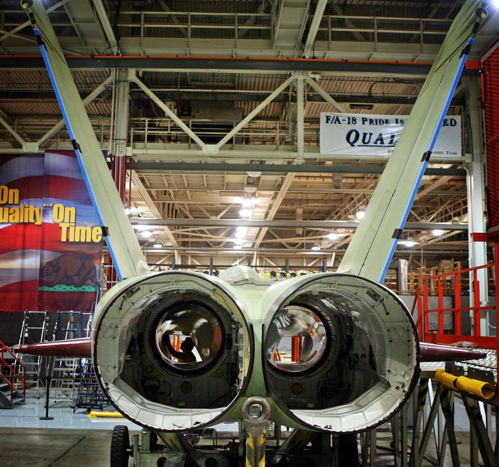 Super Hornet production line - Northrop el segundo