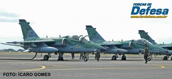 A-1 e A-1M na CRUZEX 2013 - foto Icaro