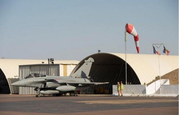 Rafale em alerta no Chade para operação na Rep Centro-Africana - foto 2 Força Aérea Francesa