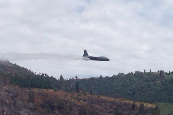 C-130 da FAB combatendo incendio no Chile - foto FAB