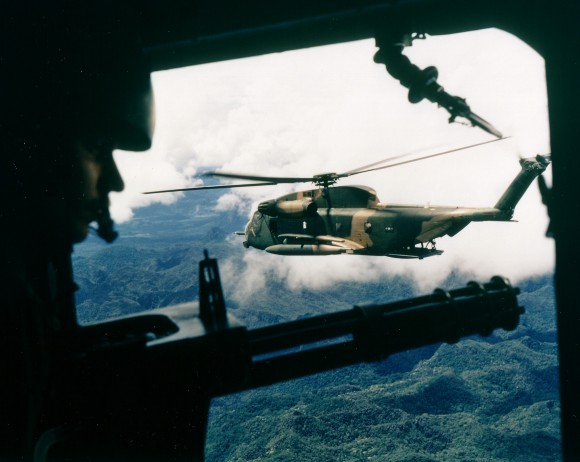 HH-53C_over_Vietnam_October_1972