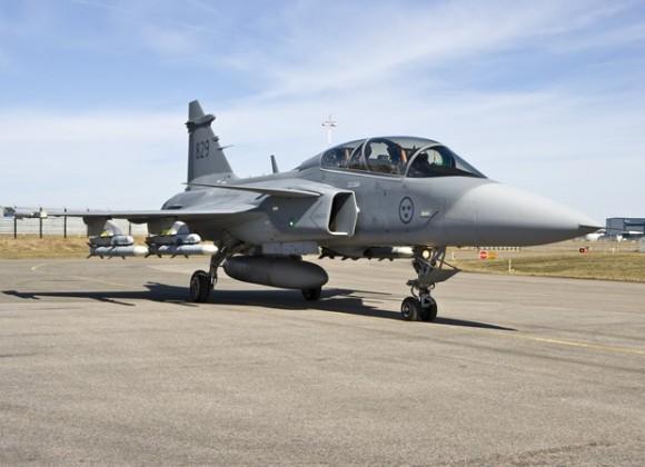 Gripen D com coronel Afonso no comando - arquivo pessoal via G1