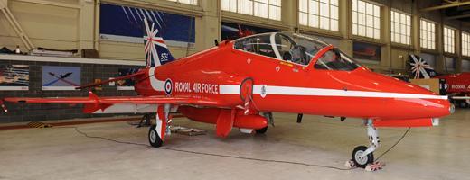 Pintura comemorativa 50 temporadas Red Arrows - foto 2 RAF