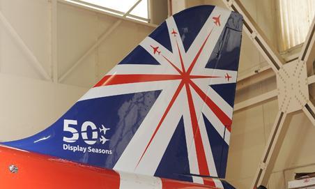Pintura comemorativa 50 temporadas Red Arrows - foto 3 RAF