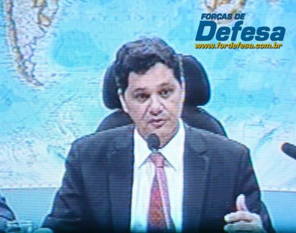 Senadore Ferraço na CRE - captação da imagem da TV Senado - Forças de Defesa
