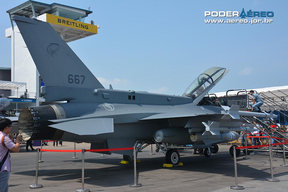 F-16D+ de Singapura. Foto: Alexandre Galante