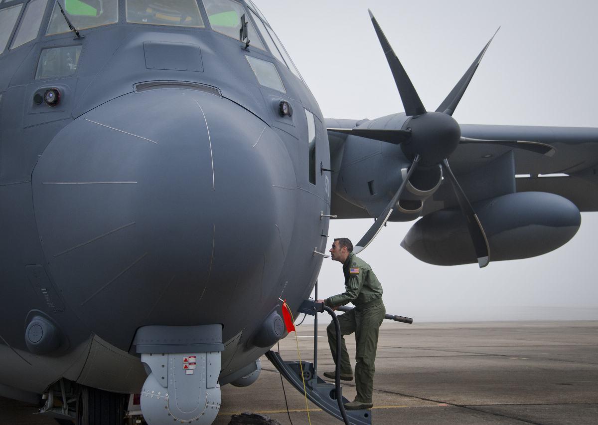voa primeiro AC-130J 1 - foto USAF