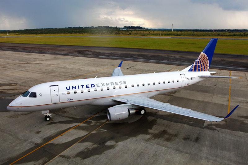 Jato E175 da SkyWest nas cores da United Express