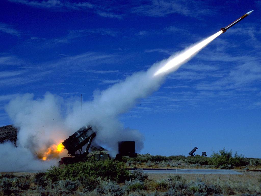 Resultado de imagem para mísseis ar